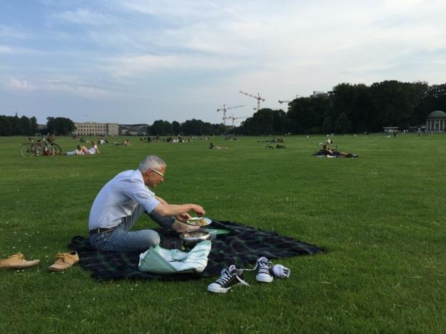 eten in het gras kopie_new